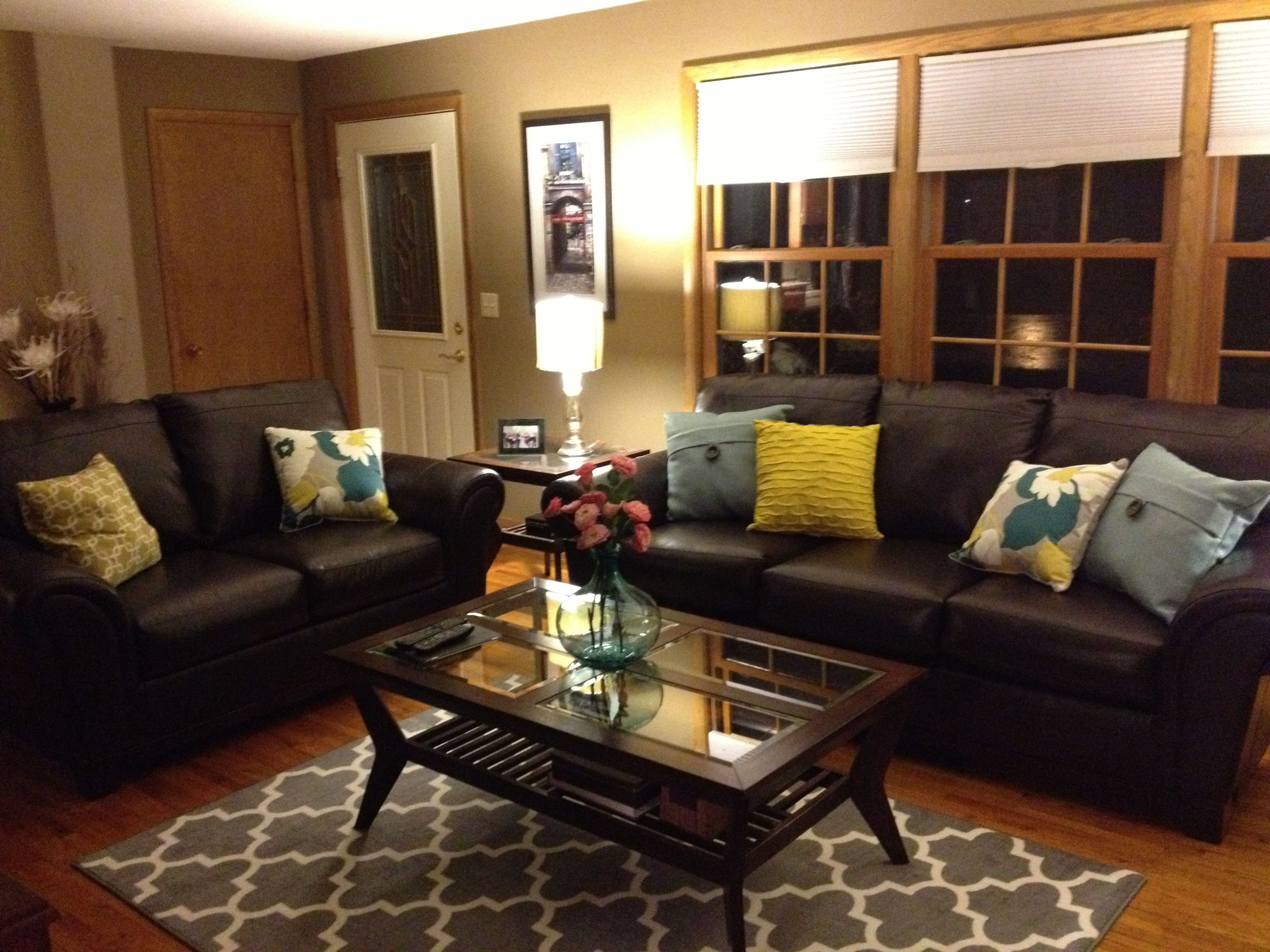 Brown sofa Living Room Decor Awesome Brown Leather sofa and Colorful Pillows Funky Living Room