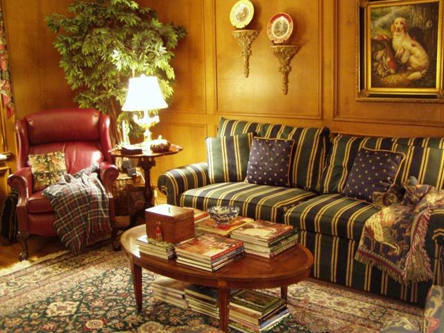 Country themed Living Room Decor Lovely Living Room and Powder Room In English Country Style