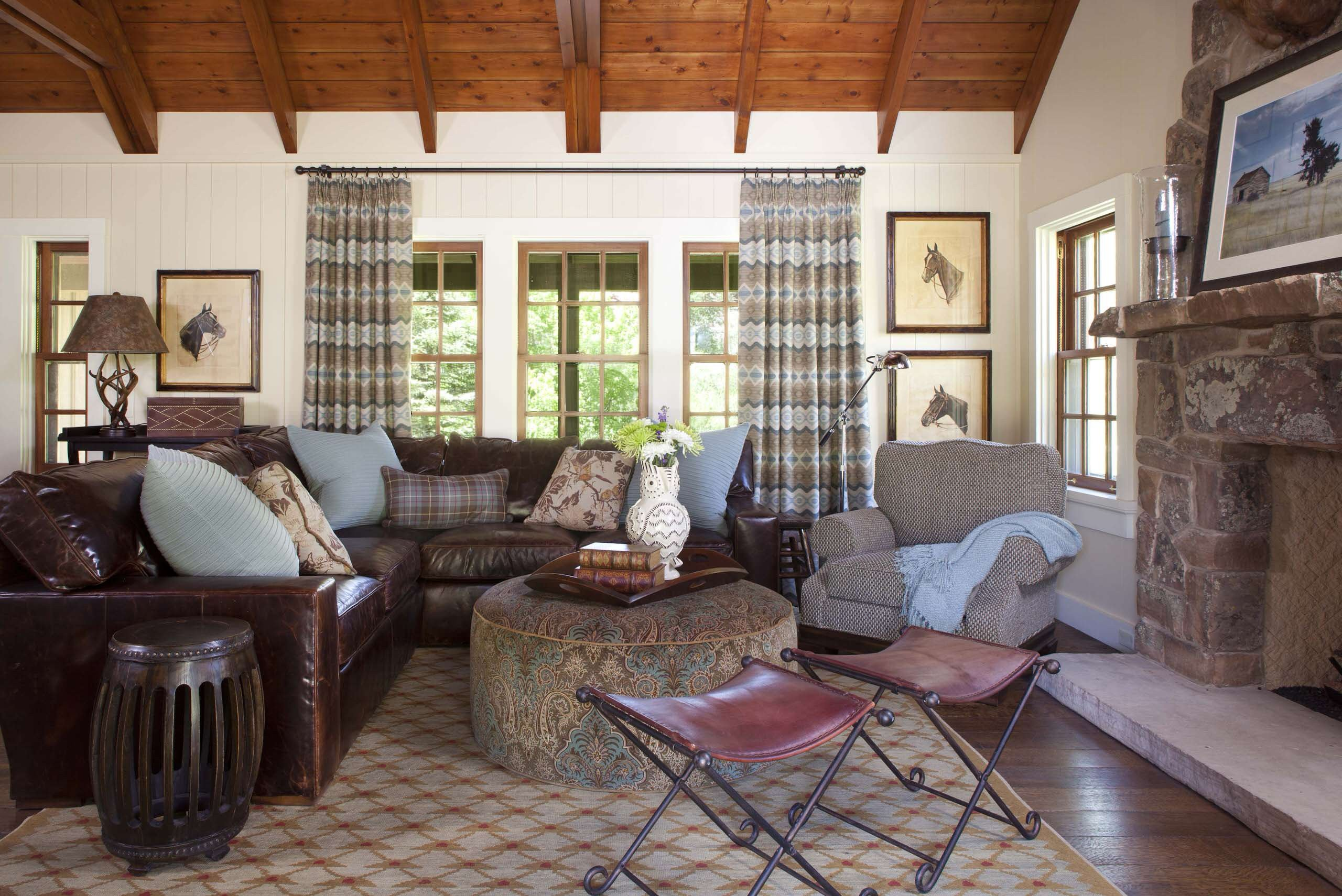 Horse Decor for Living Room Beautiful Giddy Up with these Amazing Horse Decor Ideas