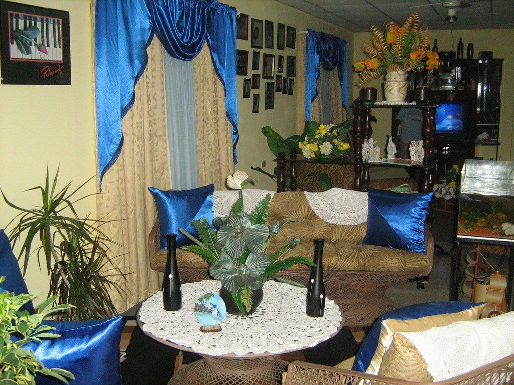 Royal Blue Living Room Decor Inspirational Living Room Decor In Royal Blue