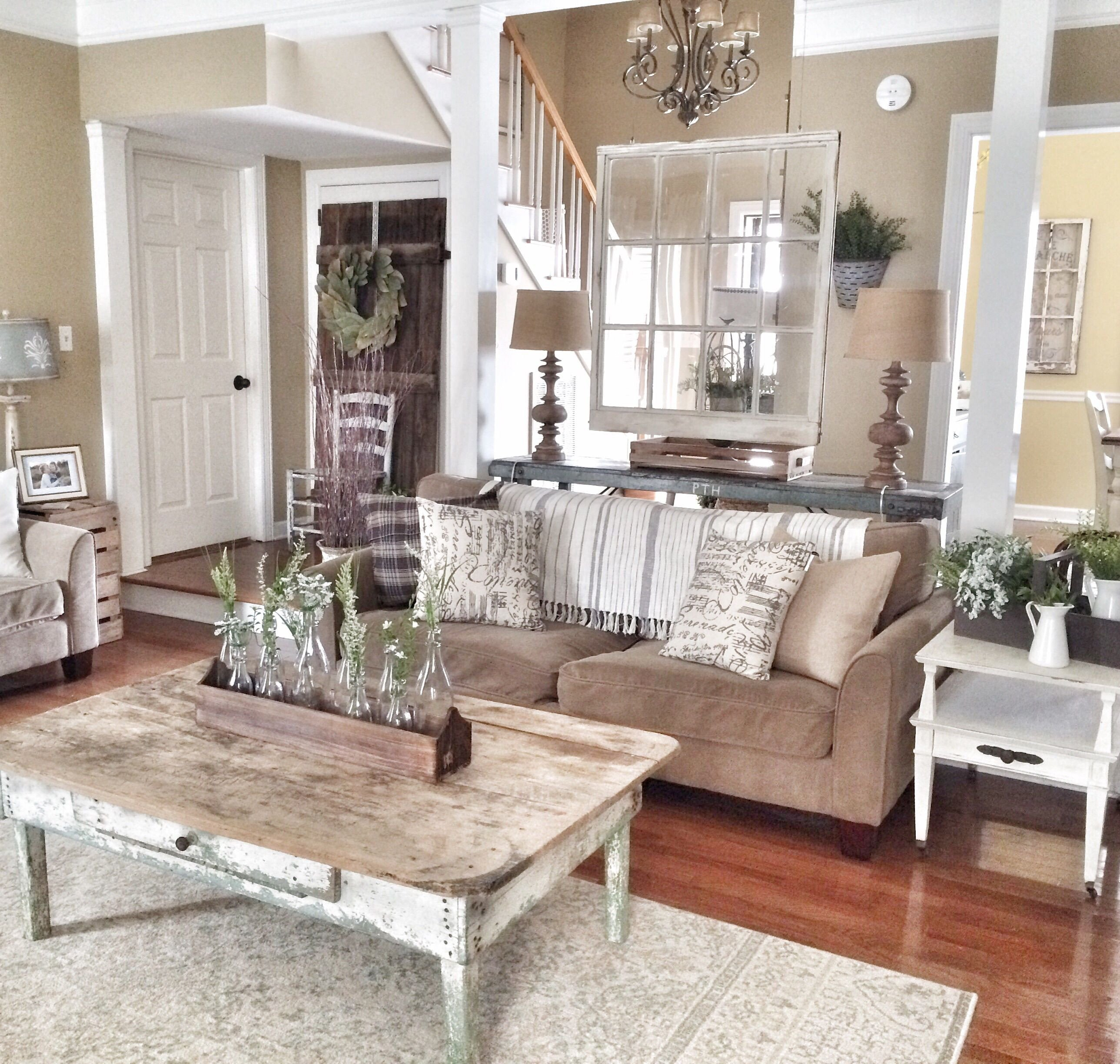 Rustic Chic Decor Living Room Luxury Chic Details for Cozy Rustic Living Room Décor