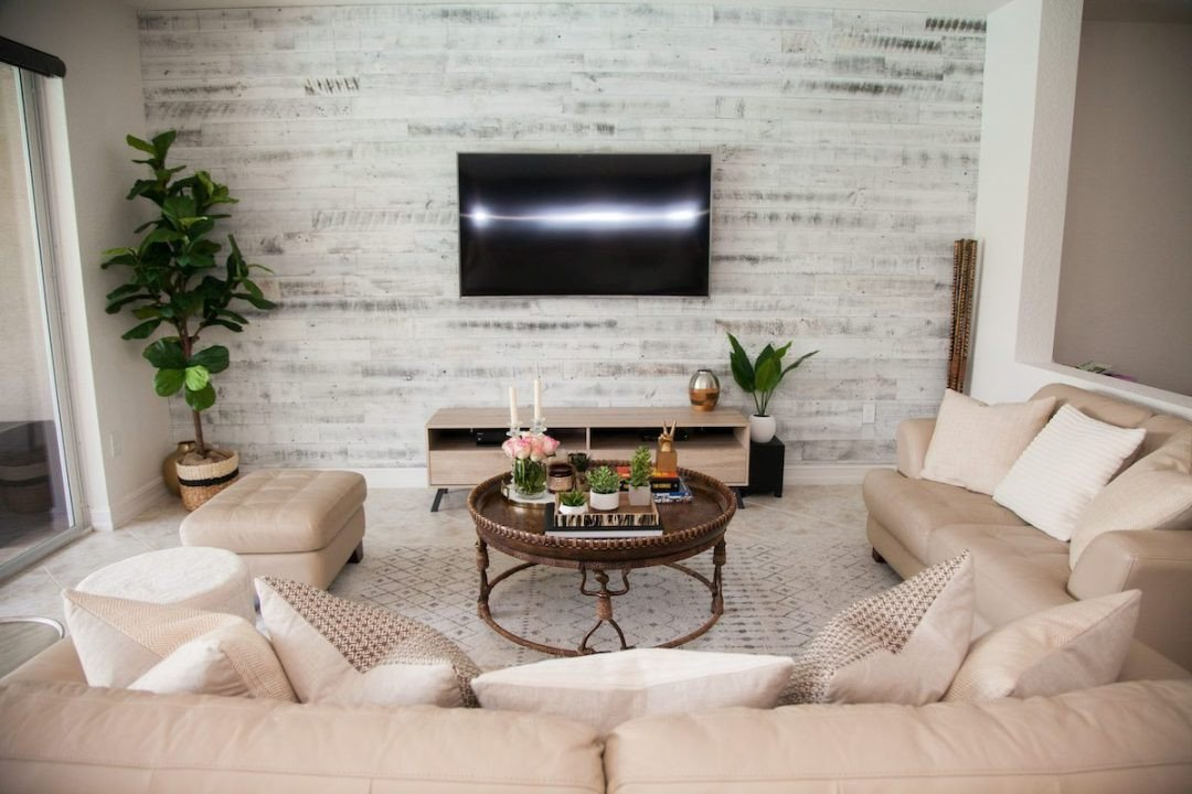 Rustic Chic Decor Living Room New Transitional Living Room Stikwood Accent Wall
